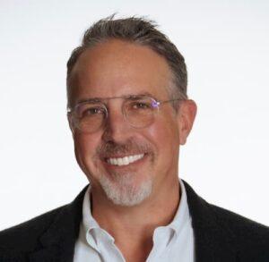 Mike Jurs Credible Student Loans Headshot